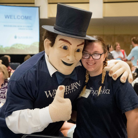 Ichabod Mascot with Student during NSO